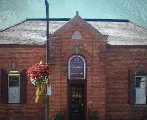 Heritage-building-salon-simcoe-ontario-300x245